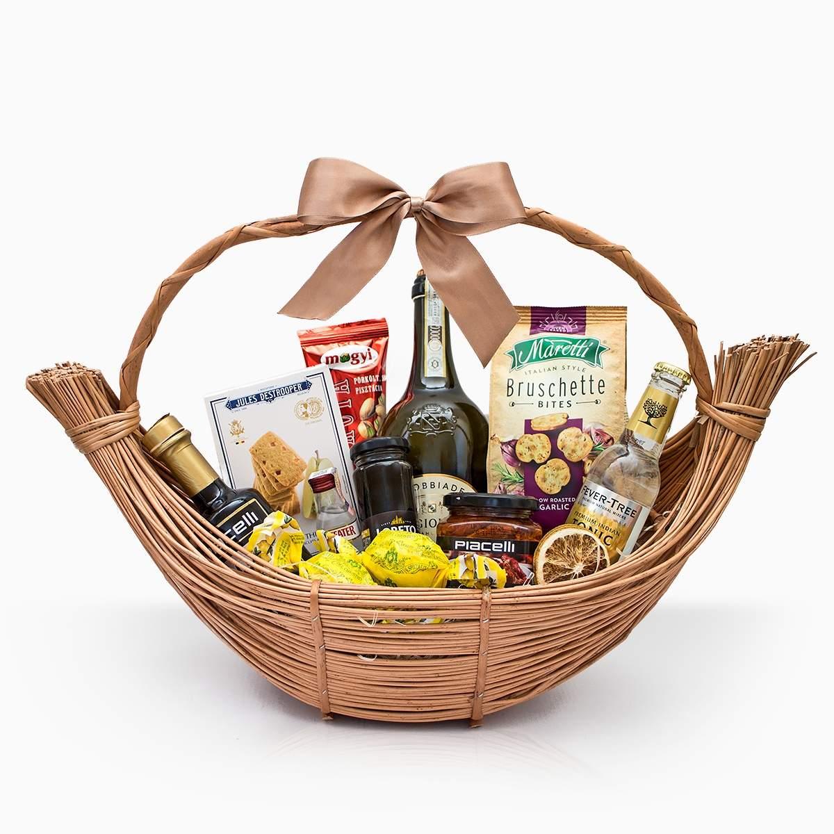"Gift Basket ""Venetian Boats"""