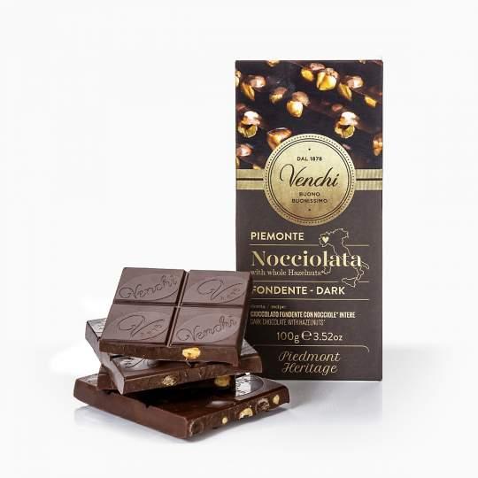 Venchi horká čokoláda s celými lieskovcami 100g