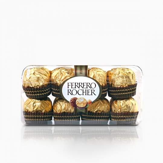 Ferrero Rocher oblátky poliate mliečnou čokoládou s náplňou a celými lieskovcami 200g